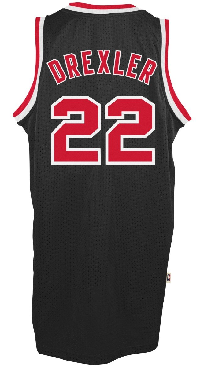 e11fd447cceb Amazon.com   Adidas Men s Portland Trail Blazers NBA Clyde Drexler Swingman  Jersey   Sports   Outdoors