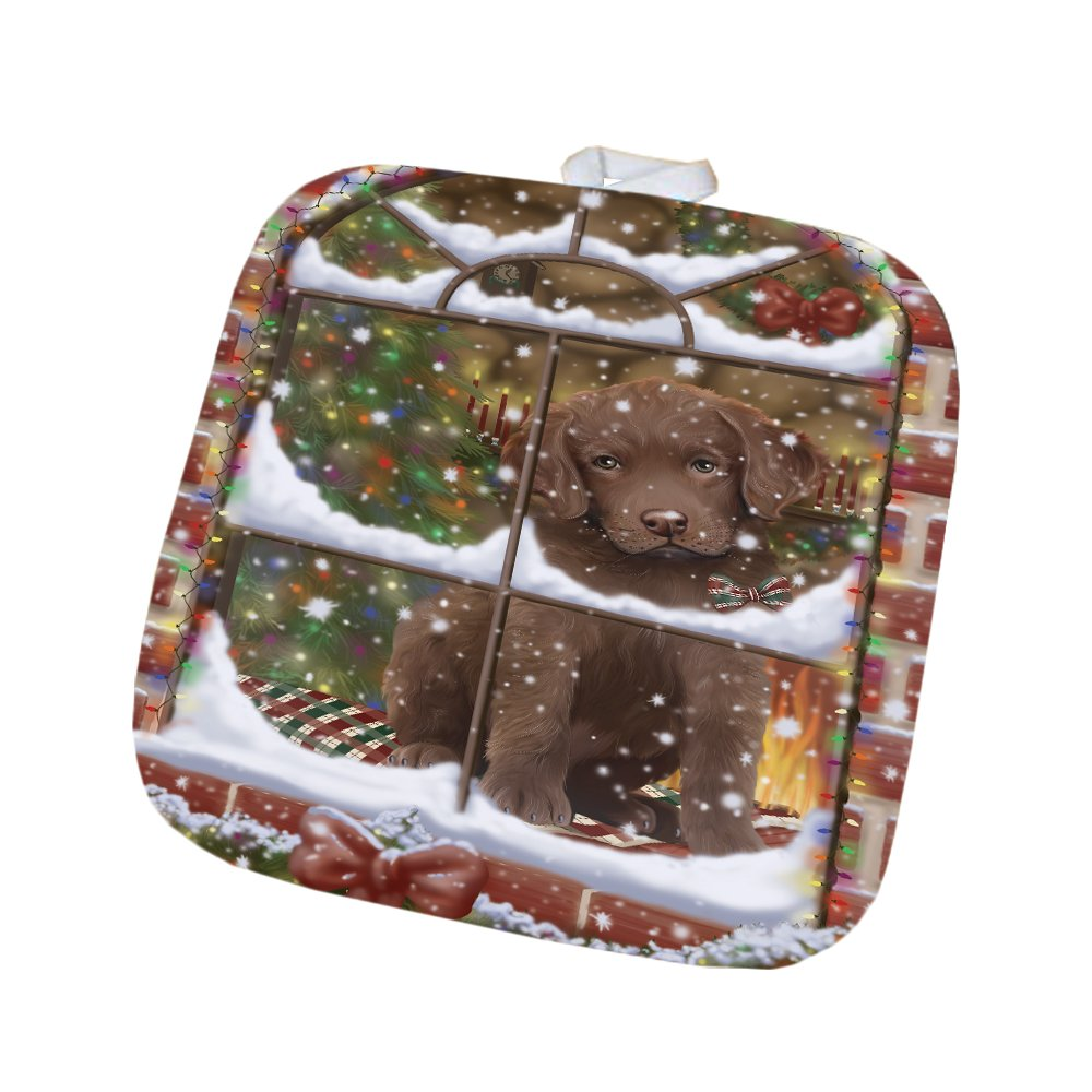 Please Come Home For Christmas Chesapeake Bay Retriever Dog Sitting In Window Pot Holder POT48381