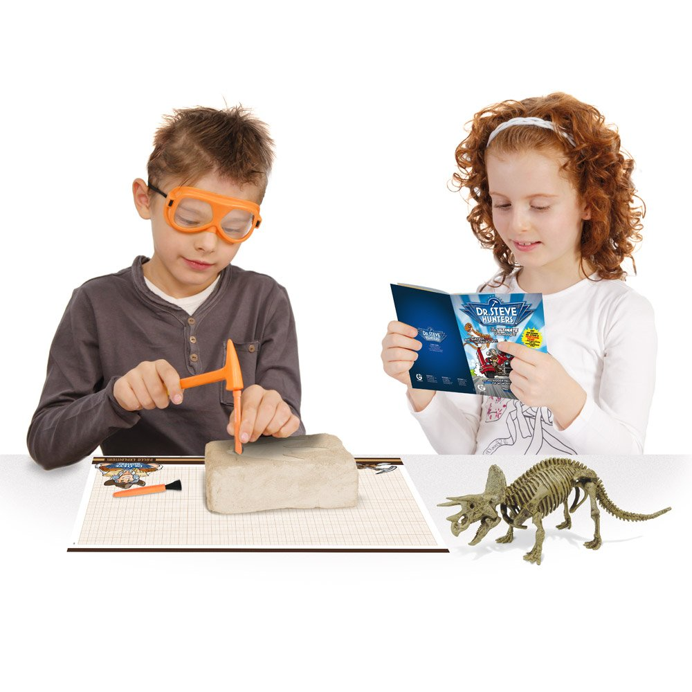 Geoworld Paleo Expedition Dino Excavation Kit-Triceratops CL1503K