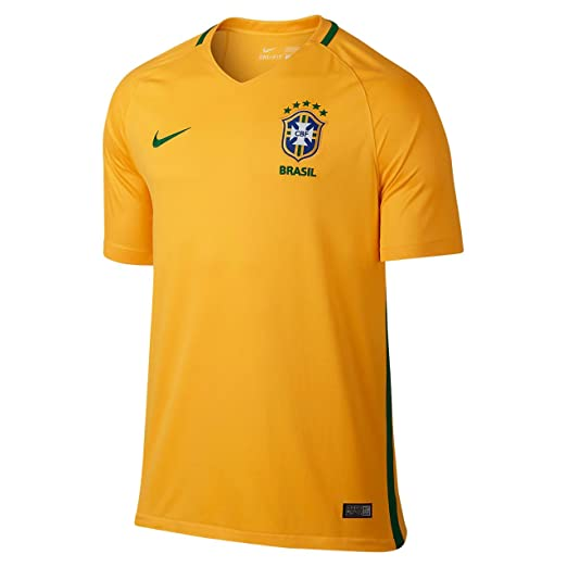 c194457ce37 Amazon.com   Nike mens CBF M SS HM STADIUM JERSEY 724597-703 2XL - VARSITY  MAIZE VARSITY MAIZE PINE GREEN   Sports   Outdoors
