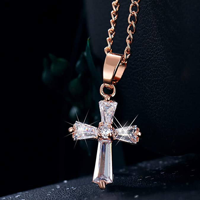 Amazon.com: Starain - Collar con colgante de cruz de oro ...