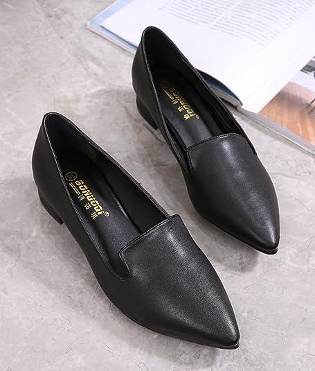 35ad4e8f6d292 Aisun Femme Simple Petit Talon Bout Pointu Noir Escarpins  Amazon.fr   Chaussures et Sacs