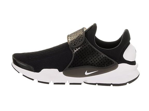 huge selection of 544d8 9173f Amazon.com   Nike Sock Dart KJCRD Black White   Running