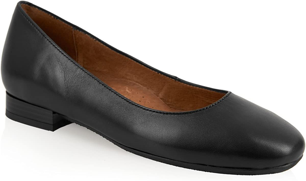 Aerobics Villa Black and Navy Cabin Shoe//Crew Shoe with Padded Insole