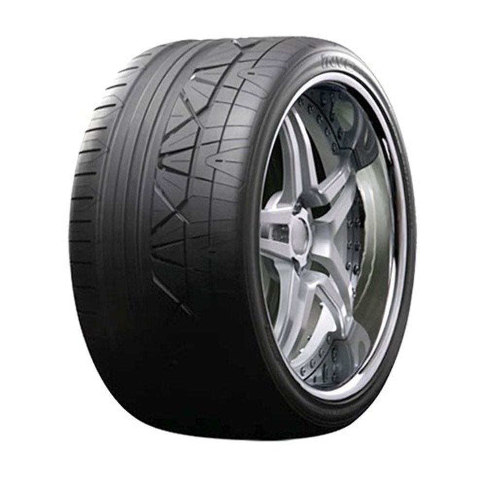 255//35R18  94Z Nitto INVO High Performance Tire