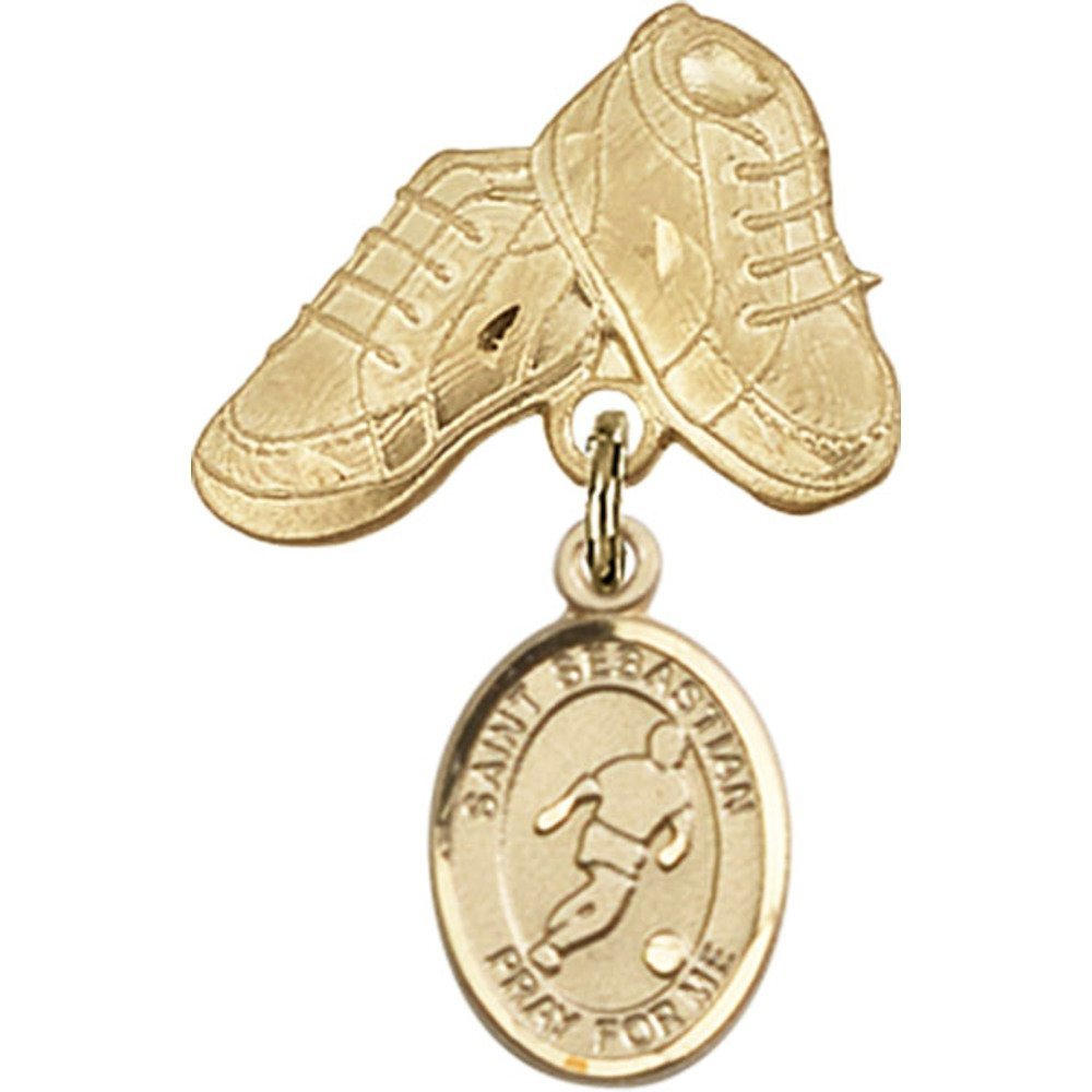 14Kt Yellow Gold Baby Badge mit St. Sebastian/Soccer Charm und Baby Boots Pin 1 X 5/8 Inches