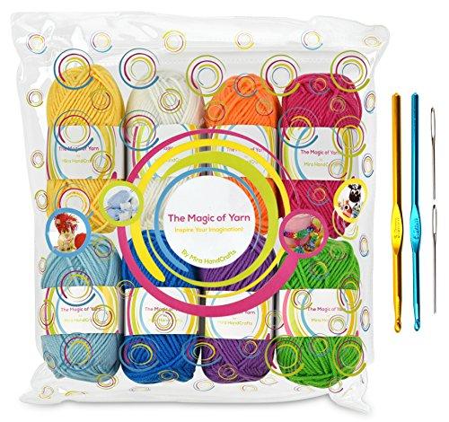 Premium-Garn Pack - 8x30g Acryl Regenbogen Farben Garnstränge - je 60 m lang - ausgezeichnet für kleine und Kinder Garnprojekte, Basteln, Stricken, Häkeln und vieles mehr - Gratis Geschenke - 2 Häkelnadeln , 2 Webnadeln - Qualitativ hochwertige Ware von MiraHandcrafts