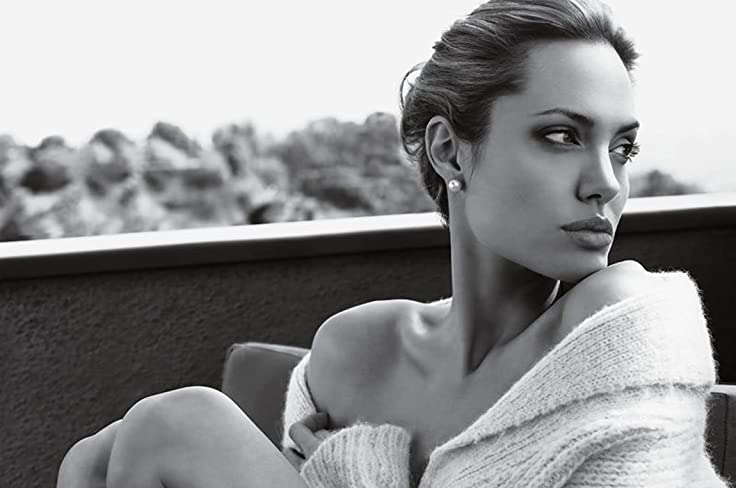 Print Ad With Angelina Jolie For St John 11 Page