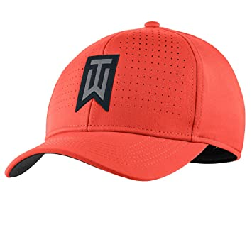 a2e619d85a5 Nike Golf Men s 2017 TW Classic 99 Statement Cap