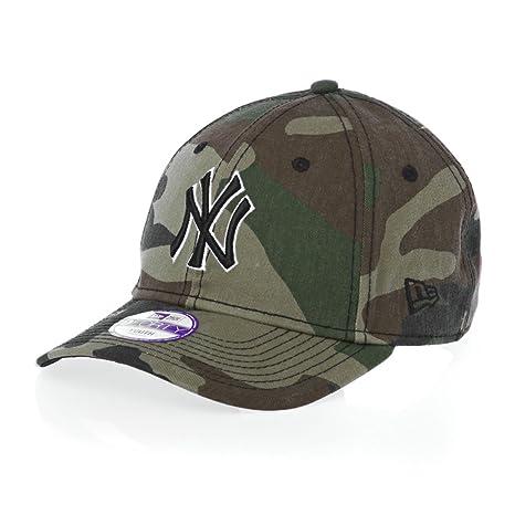 New Era New York Yankees 9forty Jr Team Camo Block New Era Cap - Camo blue   Amazon.co.uk  Sports   Outdoors f83719bfe7b1