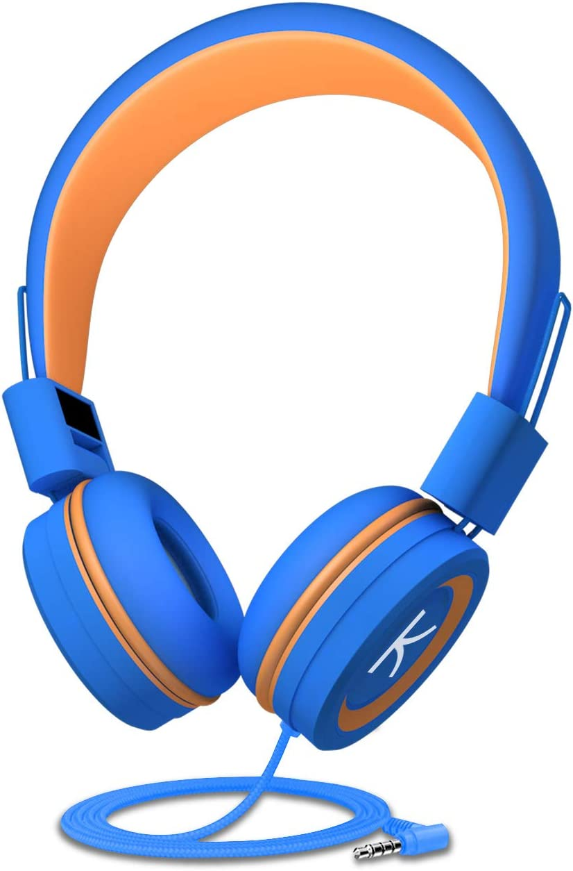 Kida moments headphones is the best headphones for the toddlers who are travel on plane and airplane