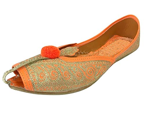 410c8723174e Step n Style Women Shoes Bridal Flats Wedding Shoes Indian Designer Shoes  Punjabi Jutti  Buy Online at Low Prices in India - Amazon.in