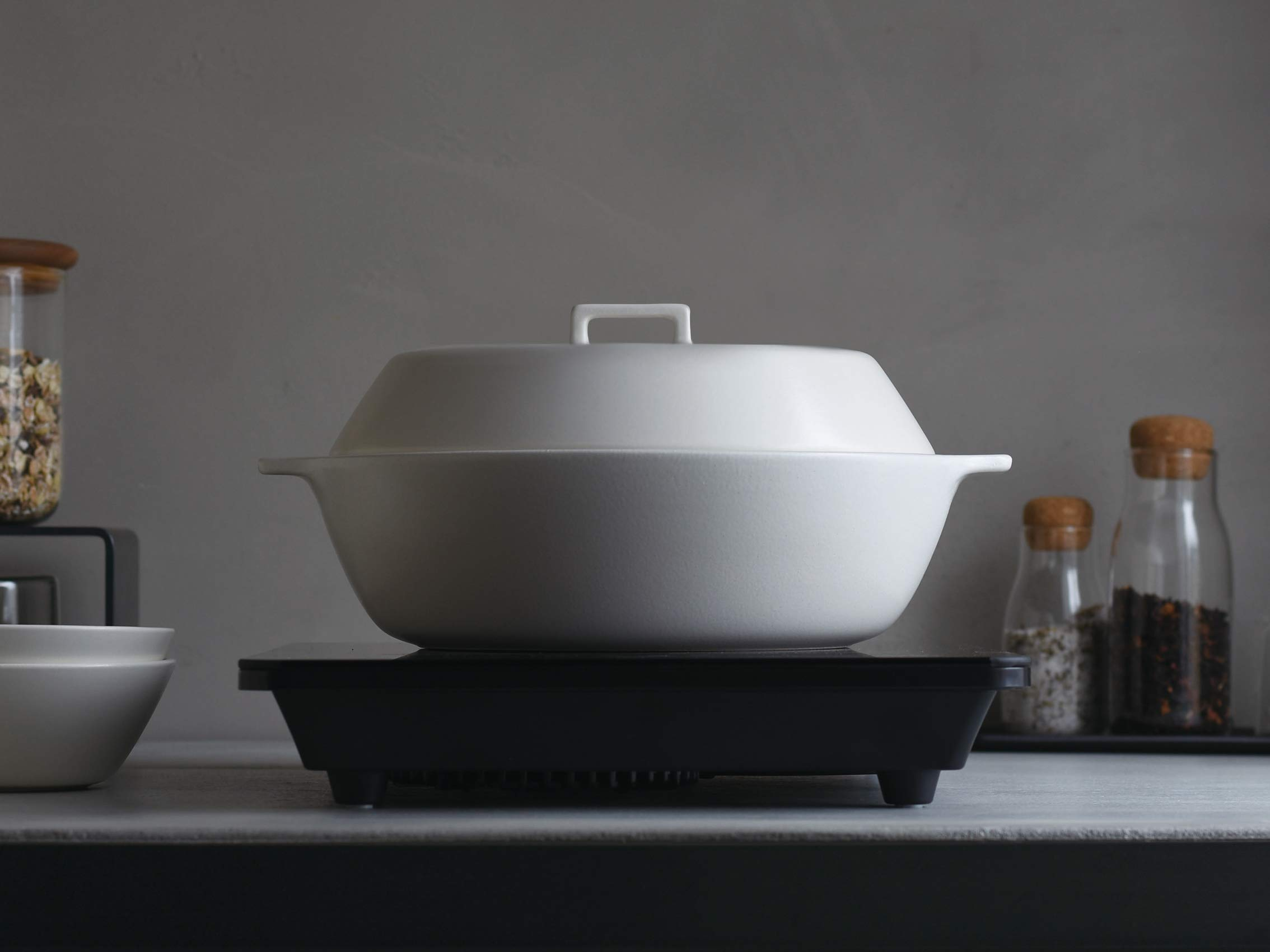 Kinto KAKOMI IH Donabe White 40.6oz / 1.2L Clay Pot To Steam, Simmer, And Stew To Make Various Pot-dishes. by Kinto (Image #3)