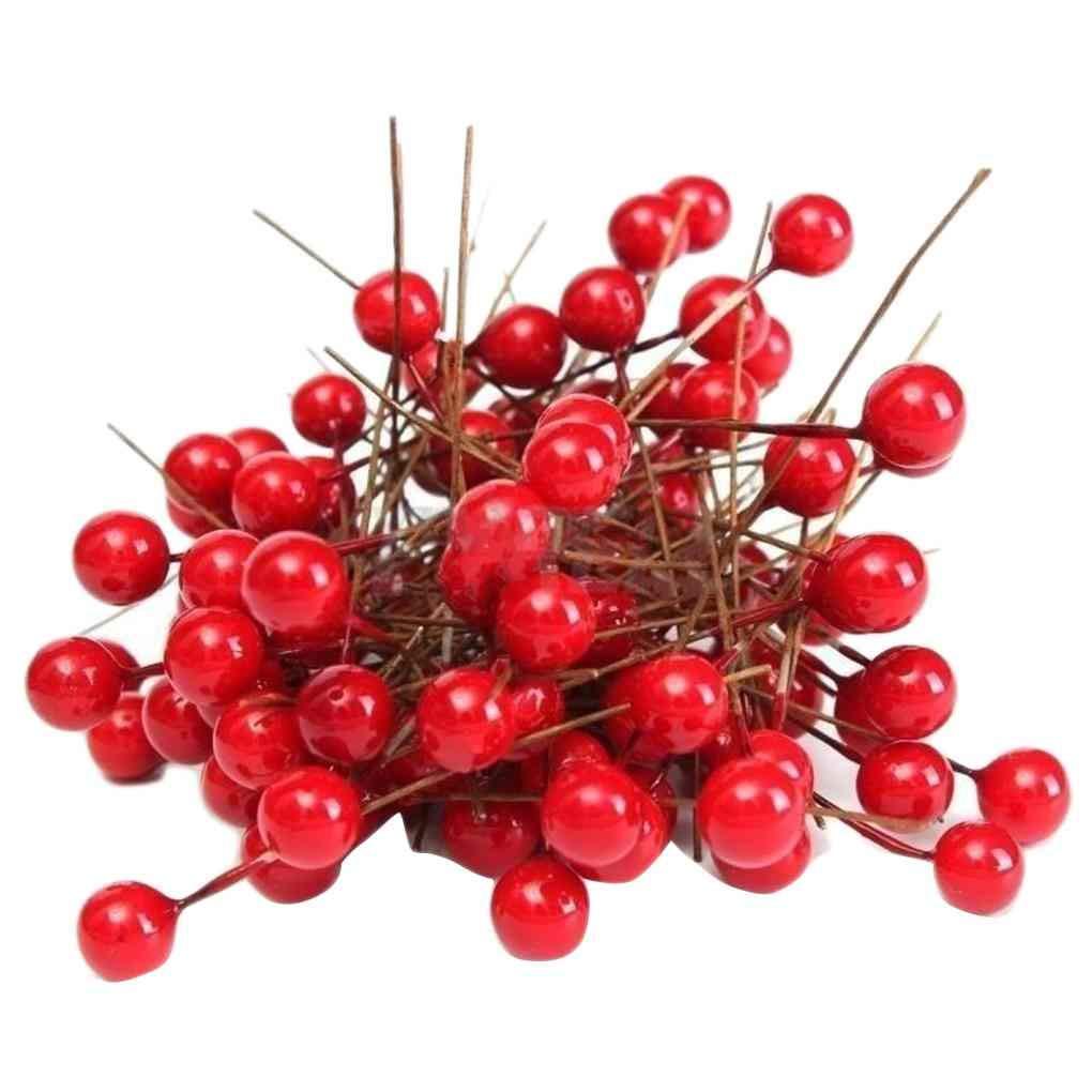 Ben-gi 100pcs Artificial Espuma Rojo v/ívido Bayas del Acebo Inicio decoraci/ón de Navidad Guirnalda Floral Bouquet de Frutas Berry
