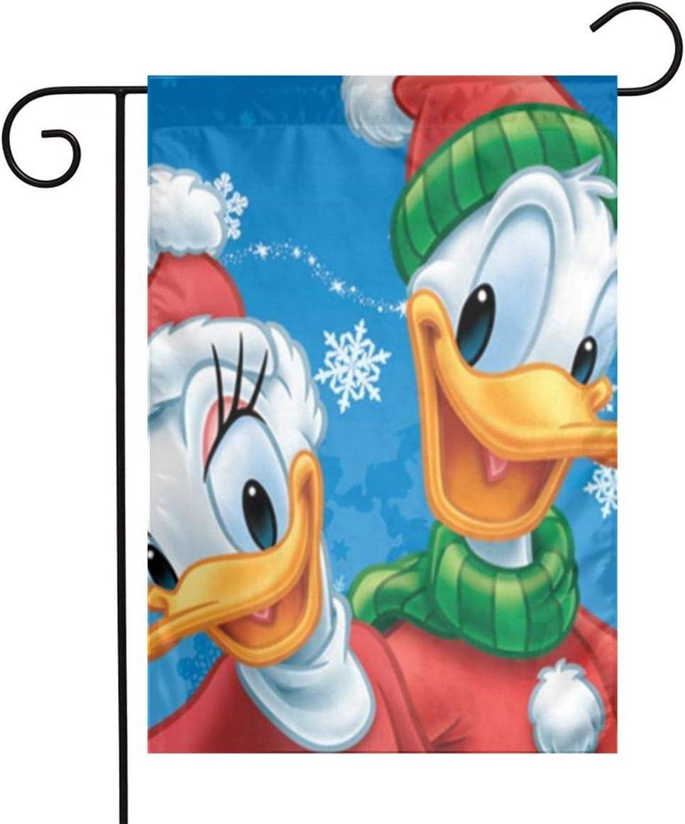 Criss Daisy Donald Duck Christmas Garden Flag Perfect Decor for Outdoor Yard Porch Patio Farmhouse Lawn, 12 X 18 Inch