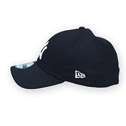Buy New Era Women s Mlb New York Yankee Cap (Black) Online at Low Prices in  India - Amazon.in 3062a008f