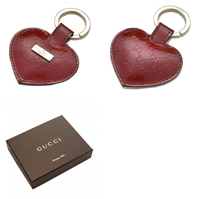 c15bce0e6e5 Amazon.com  Gucci Heart Red Patent Leather Microgussissima Leather Keychain  Key Ring  Clothing
