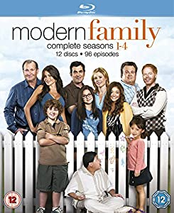 Amazon.com: Modern Family: Season 1-4 [Blu-ray]: Modern Family ...
