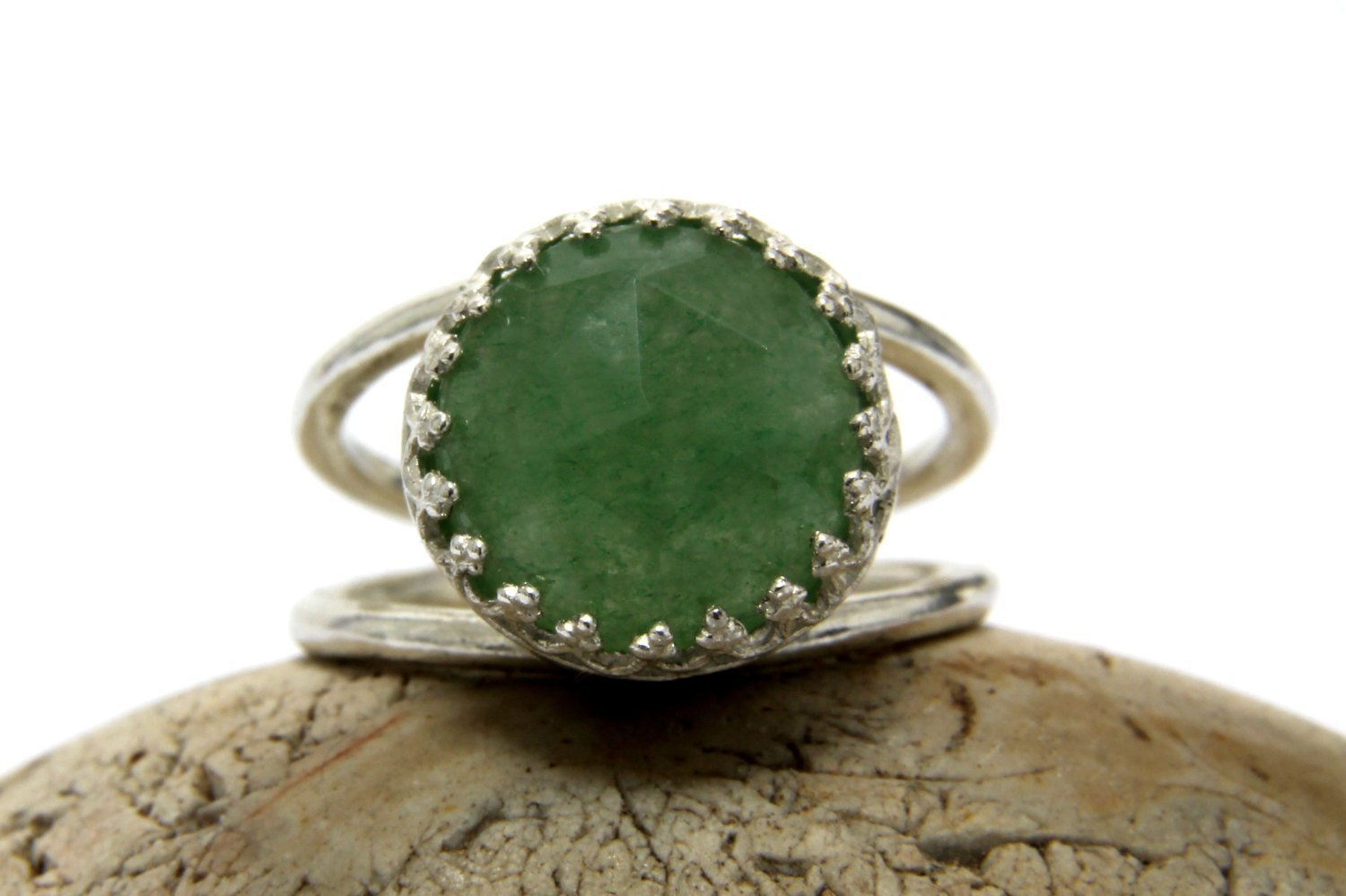Green ring, aventurine ring, sterling silver ring, mom birthday gift, 21st birthday gift, best friend gift, sisters ring