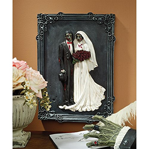 Madison Collection Zombie Bride and Groom Plaque]()
