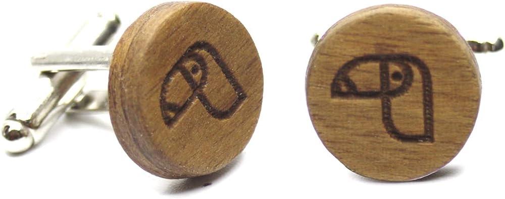 Gemelos de madera Toucan. Colección de moda hombre: Gemelos de madera natural para camisa, hechos a mano en España. Línea boda y eventos. Grabado de tucán. Regalo elegante y original (Madera): Amazon.es: