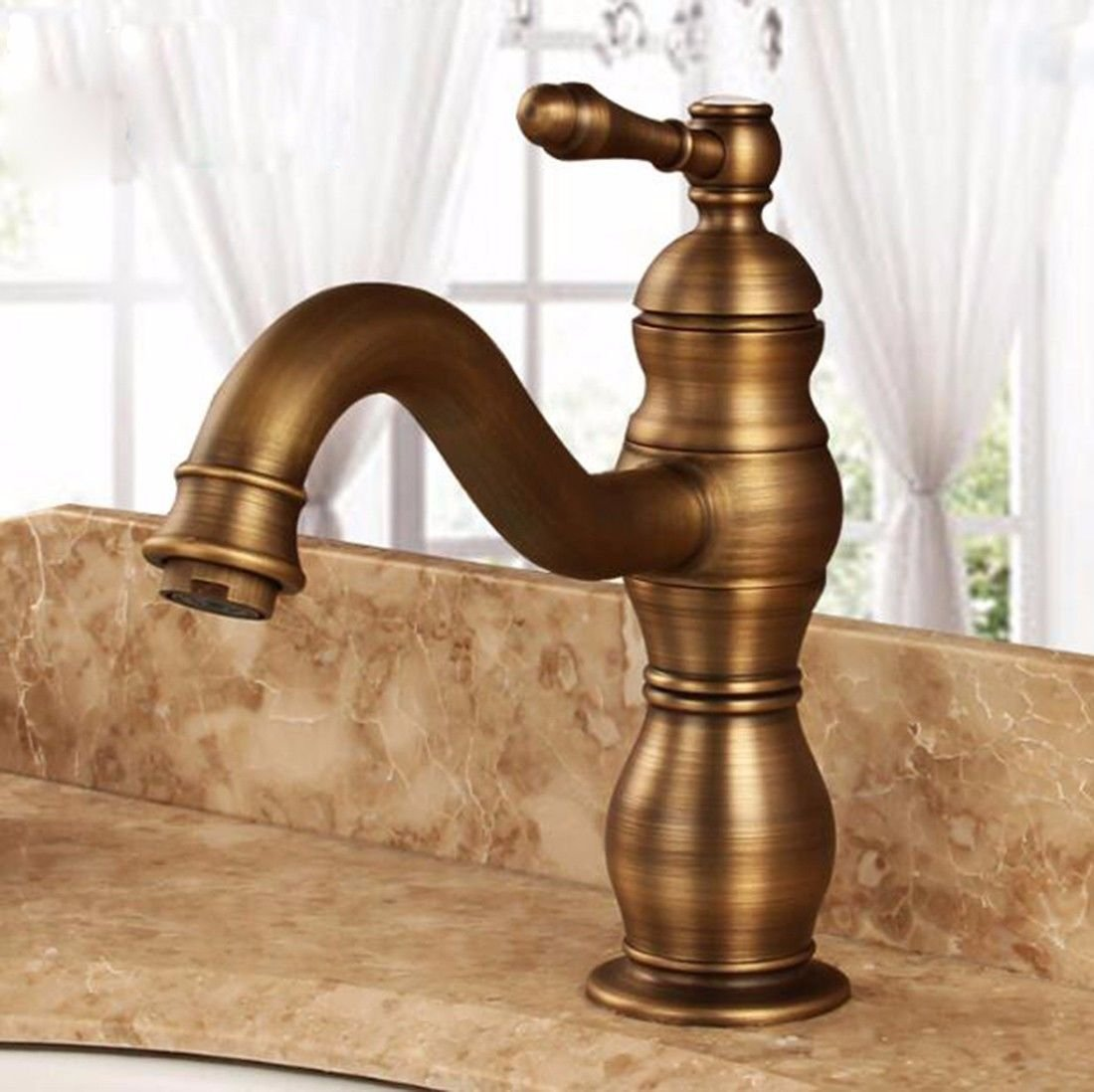 C Hlluya Professional Sink Mixer Tap Kitchen Faucet Antique basin faucet full copper hot and cold gold antique Washbasin Faucet single hole in the redation of the C