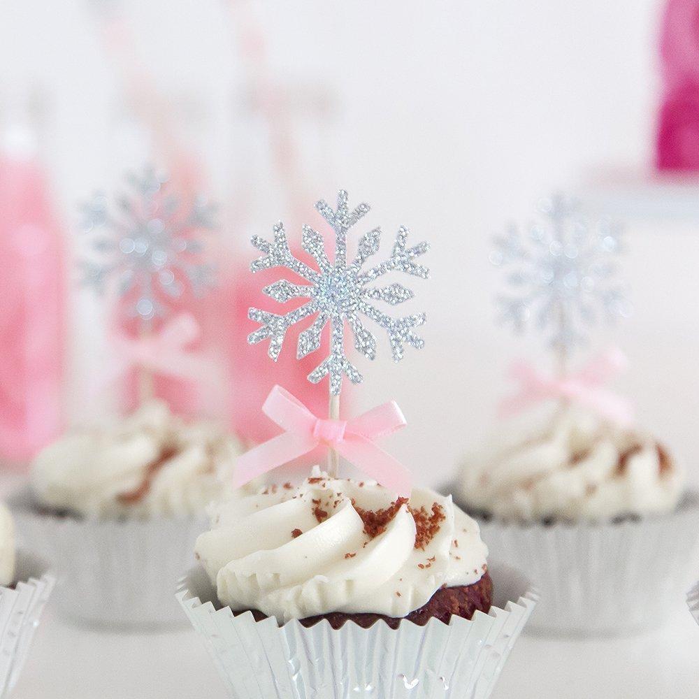 Awe Inspiring Winter Snowflakes Birthday Cake Frozen Winter Onederland Birthday Funny Birthday Cards Online Fluifree Goldxyz