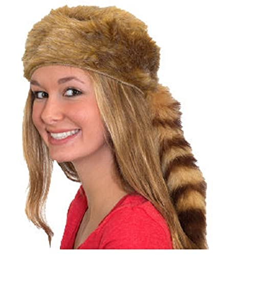 2a54c53a299 Amazon.com  Coonskin Cap Raccoon Hat Davy Crockett Daniel Boone Pioneer  Frontier Man Costume  Clothing