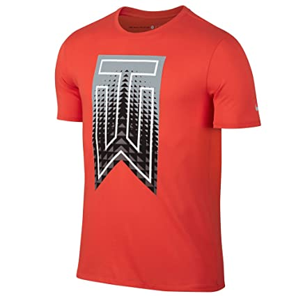 84430e69 Amazon.com: Nike TW Graphic Golf T-Shirt 2017 Max Orange/Wolf Grey ...