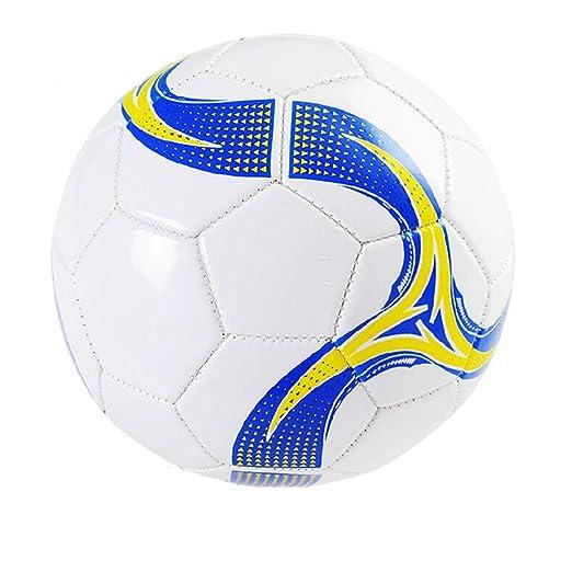 Los niños practican la pelota de fútbol Hombres Balón de fútbol ...