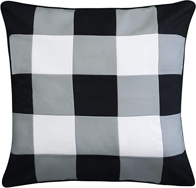 Edie At Home Indoor Outdoor Gingham Decorative Pillow 20x20 Black Home Kitchen Amazon Com