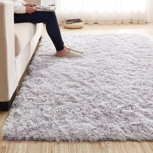 3.5 CM Height Solid Color Large Fluffy Shaggy Area Rug Anti-Skid Carpet, Ultra Soft Easy Care Rug for Bedroom/Living Room, 63 by 91 Inch by MAXYOYO