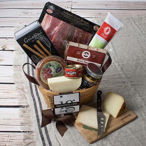 Appetite for Antipasto Gift Basket (5.5 pound) by igourmet