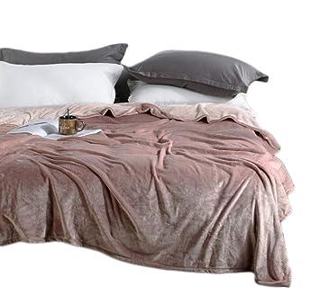 Amazon.com: BeddingHome - Manta de terciopelo ultra suave y ...