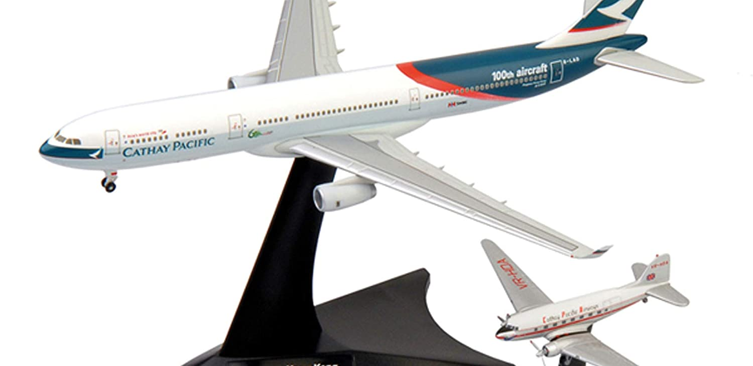 Herpa Wings Cathay Pacific A330-300  DC-3 Model Airplane