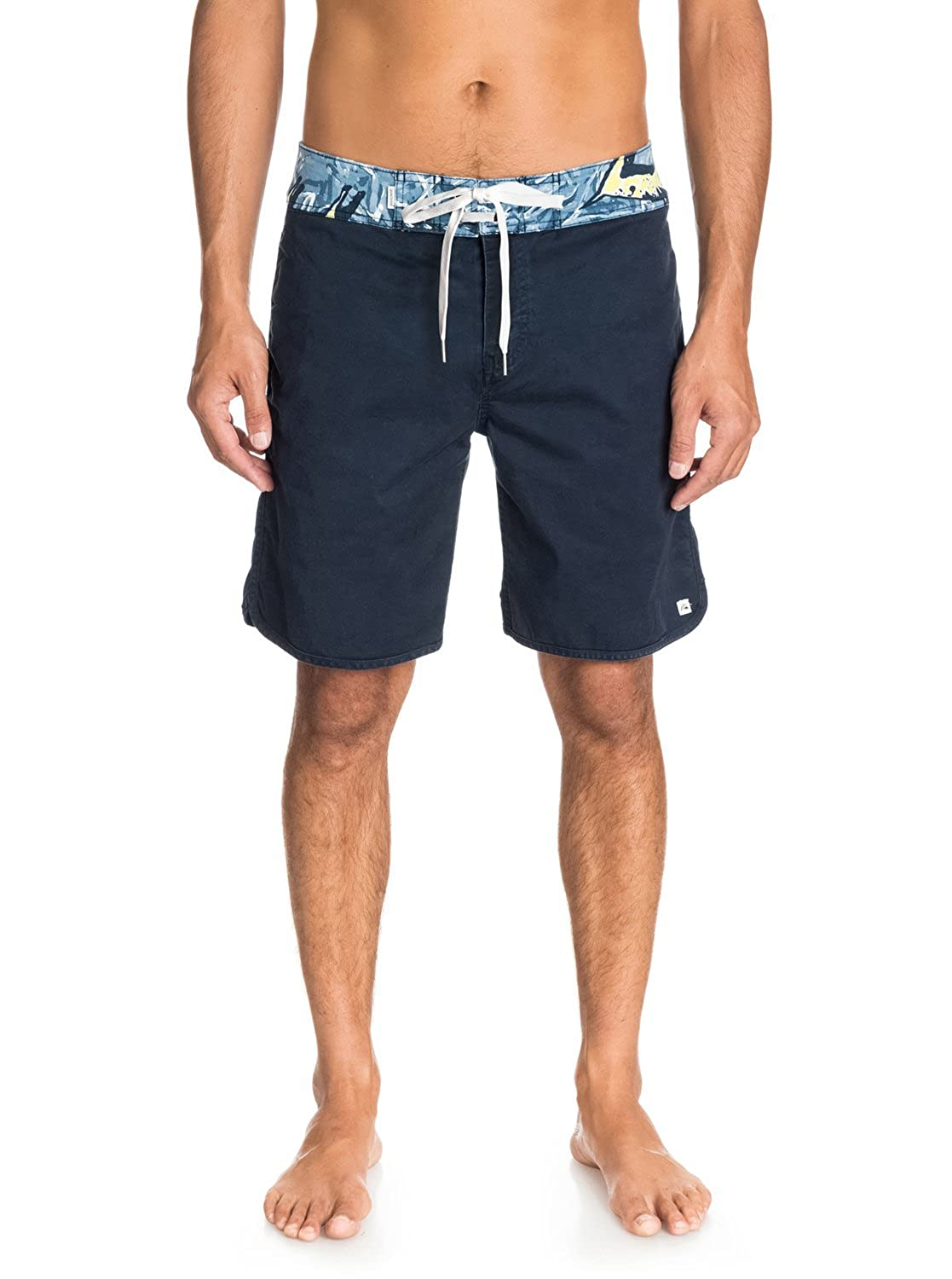 Quiksilver Mens Street Trunk Print Walk Shorts