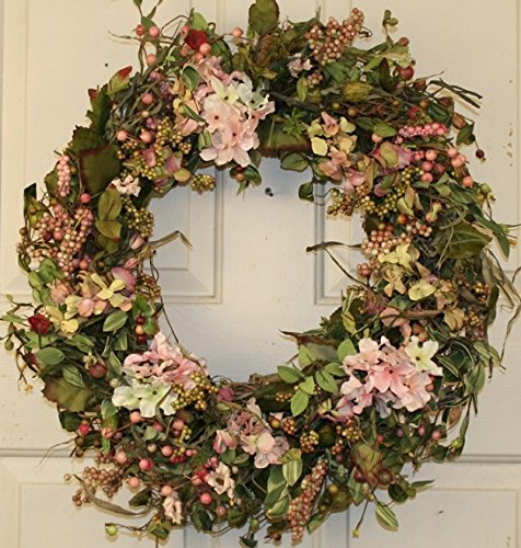 Everyday-Berry-and-Hydrangea-Wreath-for-Front-Door