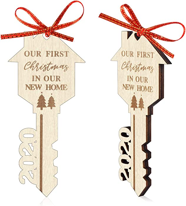 2 Pack Christmas Ornament 2020 Our First Christmas in Our New Home Ornament Thick Wooden Key Shape Housewarming Gift Xmas Tree Decoration