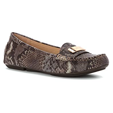 9fc9ab12d41 Vionic Women s Loafer Flats brown Size  5 B(M) US  Amazon.co.uk  Shoes    Bags