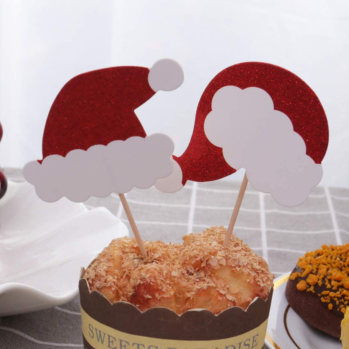 Chrismas Decoration Amosfun 6PCS Christmas Hat Cake Toppers Glitter Decor Cupcake Picks Dessert Toppers Party Favors Supplies Table Decoration
