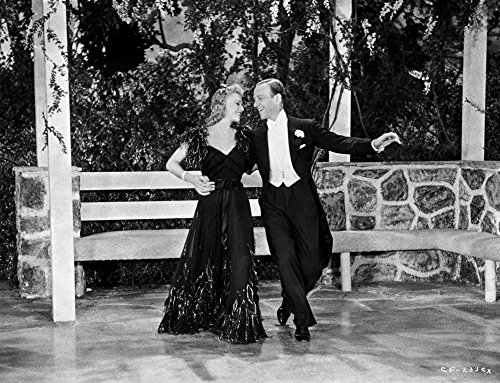 Fred Astaire and Ginger Rogers Dancing in the Gazebo Photo Print (10 x 8)