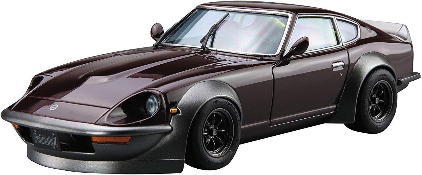 The Model Car No.30 1//24 Nissan S30 Fairlady Z Aero Custom 75 Plastic Model