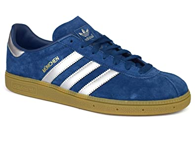 fb4f3d685ca adidas Originals Munchen Navy   Silver Suede Trainers BY9791  Amazon ...