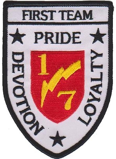 Amazon.com  1st Battalion 7th Marines USMC Patch  Military Apparel ... 5cff86ae0b7