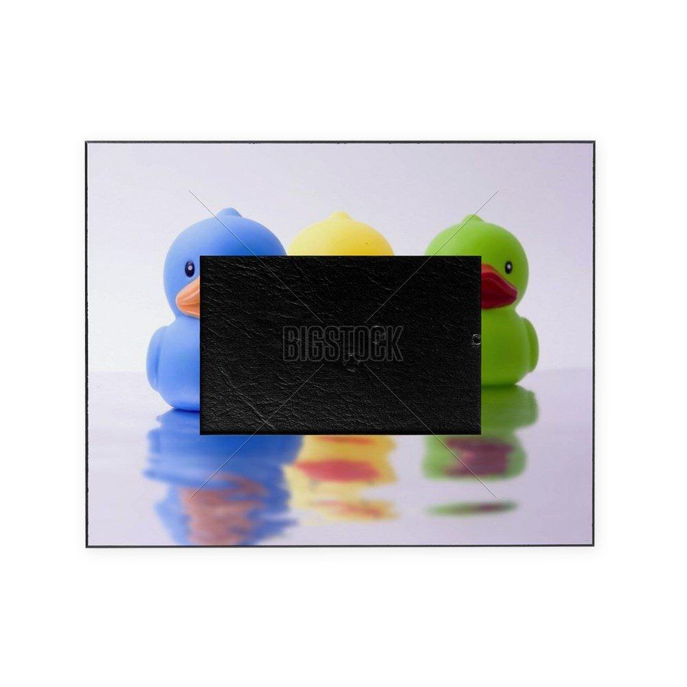 CafePress – 3つRubber Ducks With反射 – 装飾8 x 10写真フレーム   B01IUFO87M