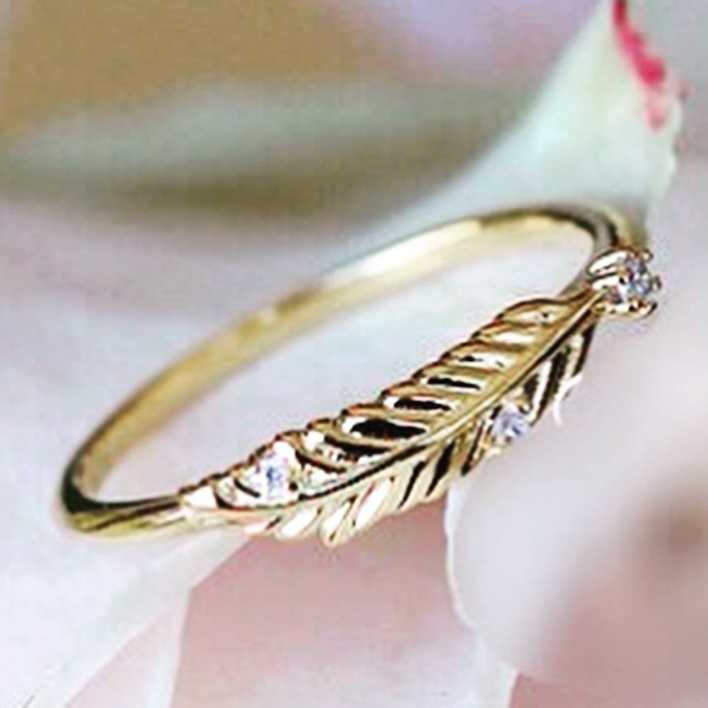 Gieschen Jewelers MIRA .925 Sterling Silver CZ Dainty Feather Ring