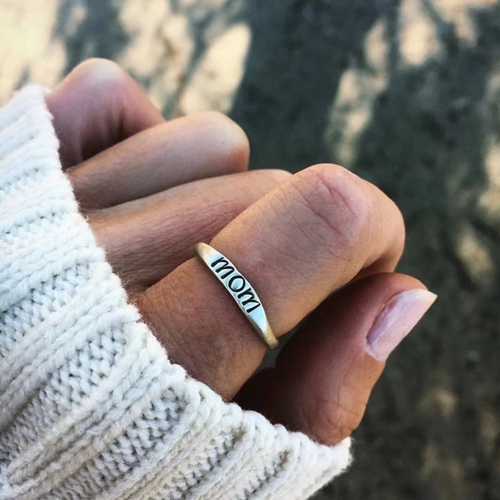 GUAngqi Mother Jewelry Unique Mother's Day Gift Ring Engraved 'MOM',6