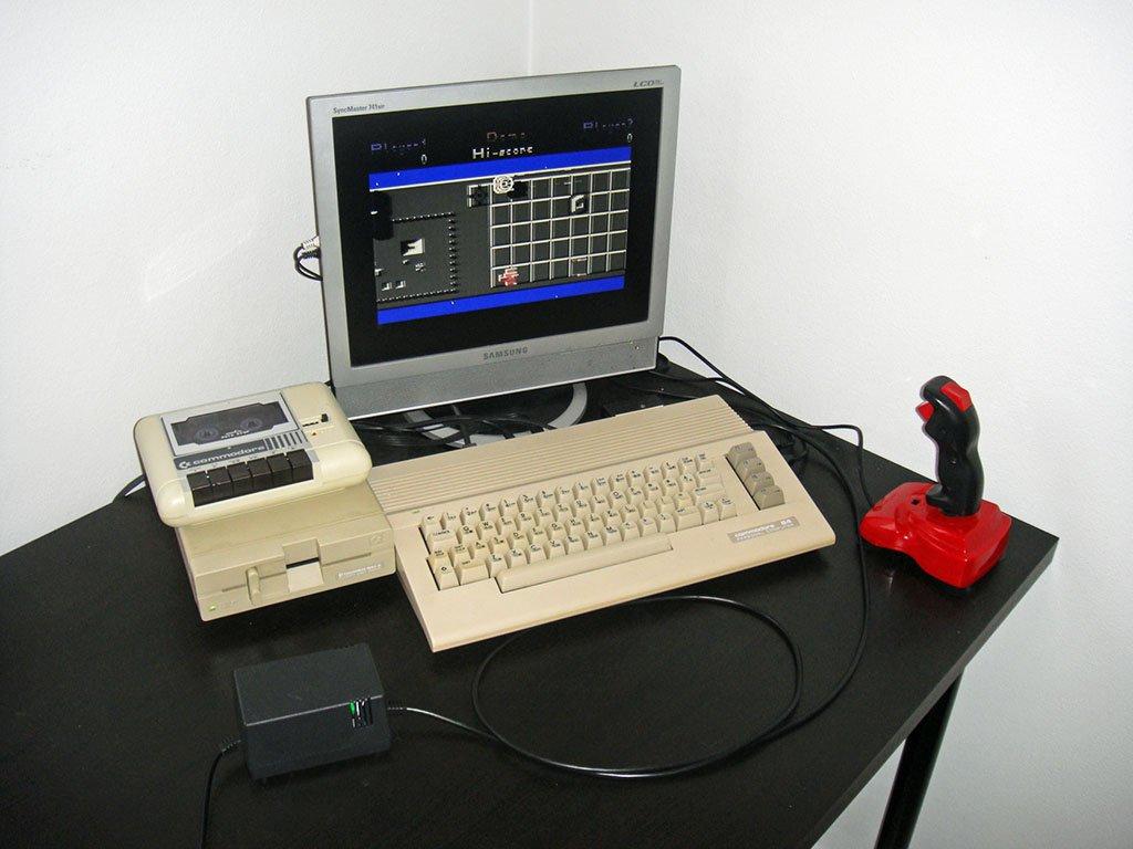 Electroware New C64 Commodore 64 replacement power supply PSU 5VDC 9VAC