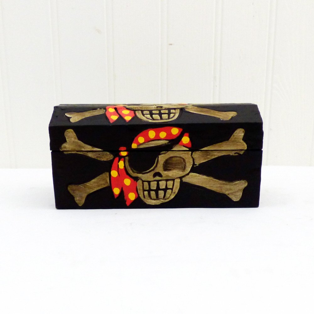 Treasure Chest Wooden Storage Pirate Trunk in our Swashbucklers design - Gift idea for Childrens Birthday for Girls or Boys Gifts & Treats UK