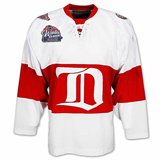 best loved 4620e 26943 Amazon.com   2009 Detroit Red Wings Winter Classic Vintage Jersey by CCM,  Red, XL   Sports   Outdoors